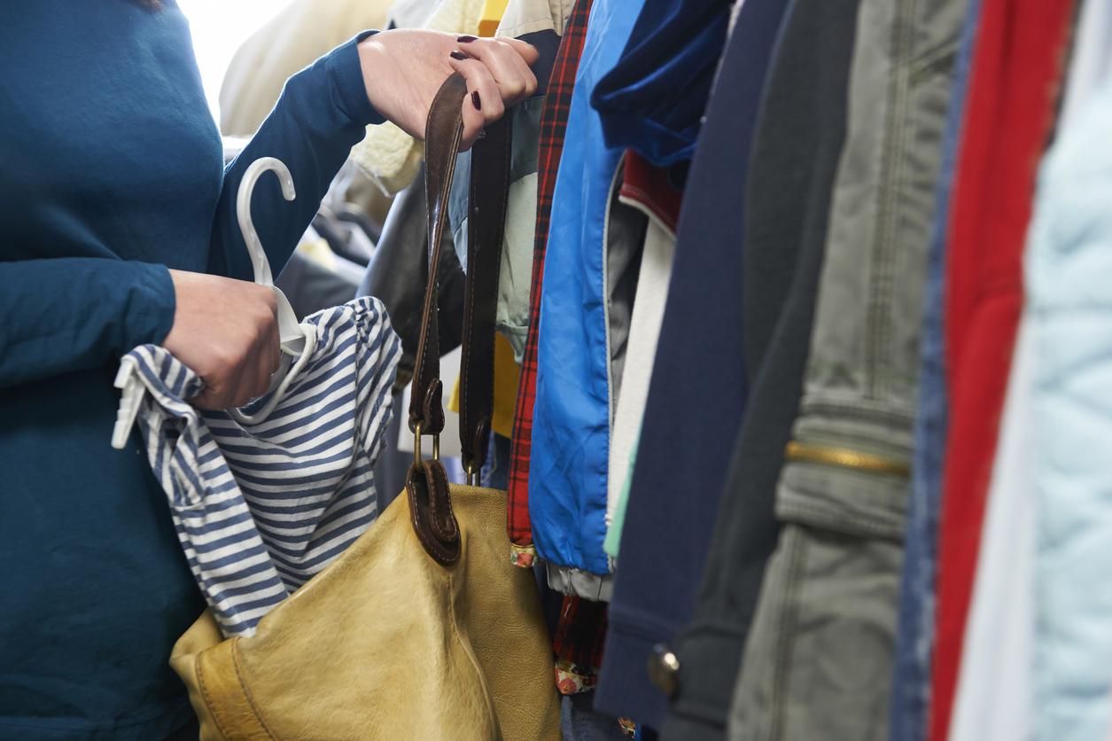 At no time shoplift during shiftchange