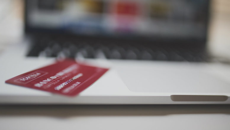 laptop-and-credit-card