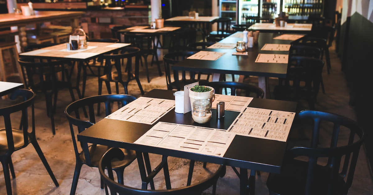 3 ways to reduce your restaurant startup costs | Lightspeed POS